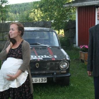 Matkalaukkukostaja / Ränssin Kievarin kesäteatteri, 2013, rooli: Anneli Keppilä